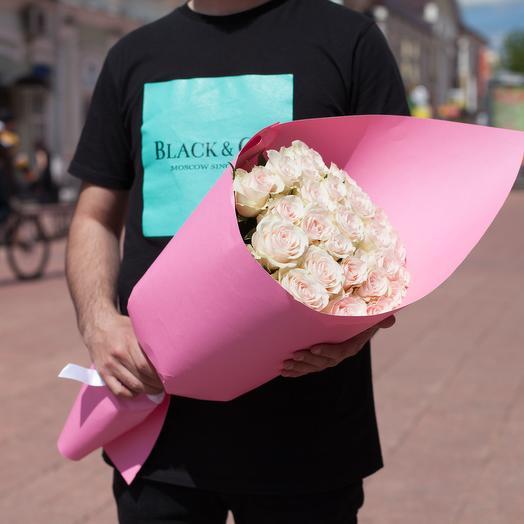25 нежных роз 60 см: букеты цветов на заказ Flowwow