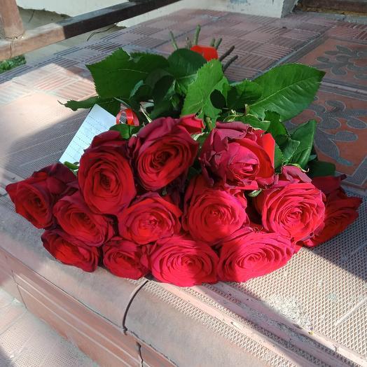 "Букетик ""13 Ред Наоми"": букеты цветов на заказ Flowwow"