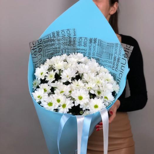 Букет их белых хризантем