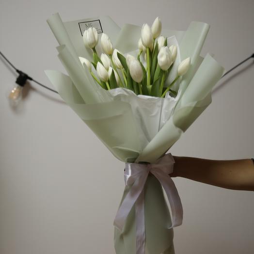 Букет весенний тюльпан