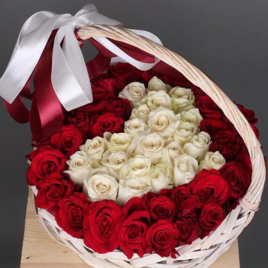 51 роза премиум микс в корзине