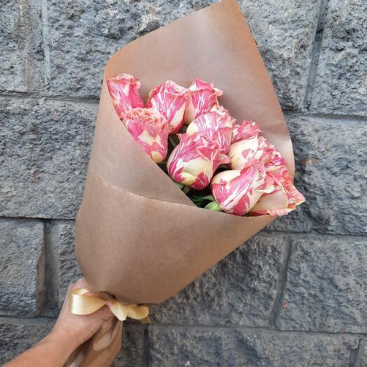 Букет необычайных роз