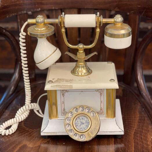 Телефон 60 годов