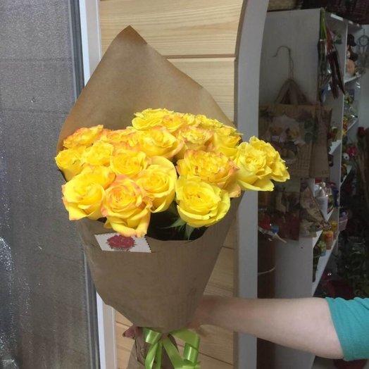 19 роз в крафте: букеты цветов на заказ Flowwow