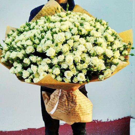 Букетизкустовых роз: букеты цветов на заказ Flowwow
