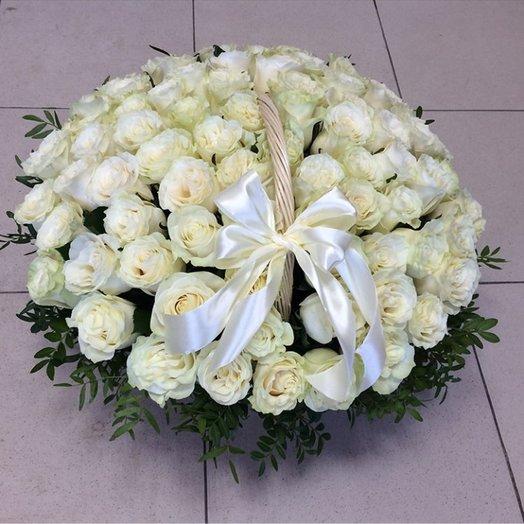 Роскошный подарок: букеты цветов на заказ Flowwow