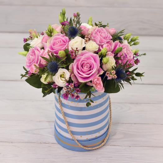 Шляпная коробка Карусель: букеты цветов на заказ Flowwow