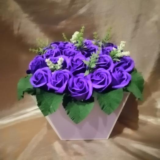 Коробочка из 27 мыльных роз: букеты цветов на заказ Flowwow