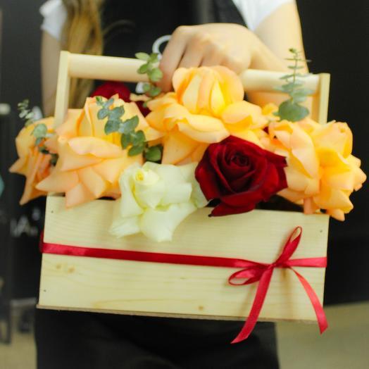 Ящичек счастья: букеты цветов на заказ Flowwow