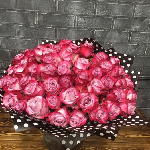 Букет из 51 Эквадорской розы Deep purple: букеты цветов на заказ Flowwow