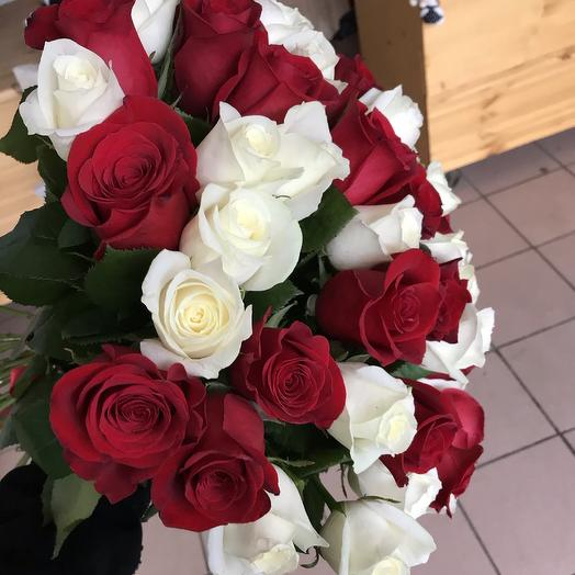 51 роза 60 см Эквадор: букеты цветов на заказ Flowwow