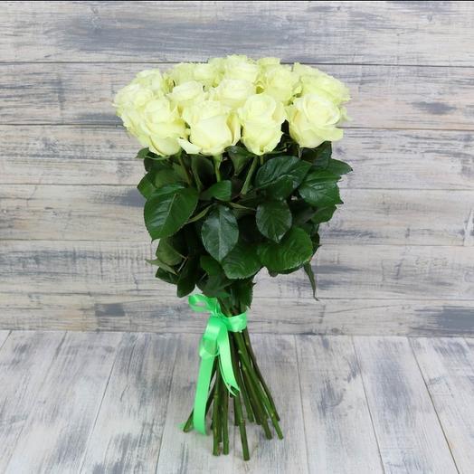 15 белых роз (50см - 60см)