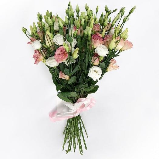 Нежные эустомы: букеты цветов на заказ Flowwow