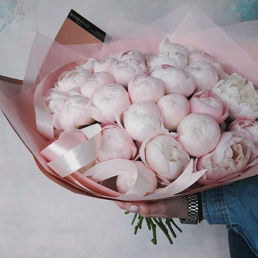 Большой букет из нежно-розовых пионов Мисс Америка  39: букеты цветов на заказ Flowwow