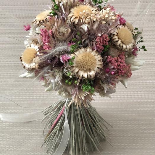 Букет сухоцветов розово-золотистый