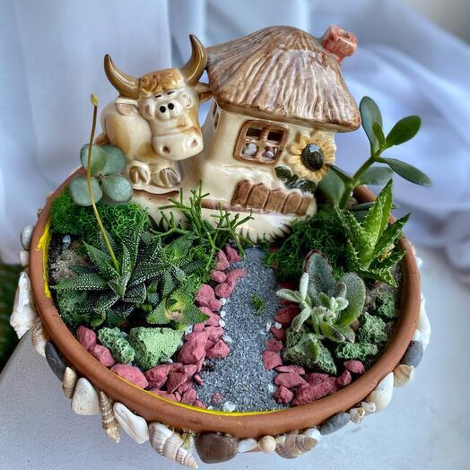 Подарок садоводу . Флорариум «веселая буренка»