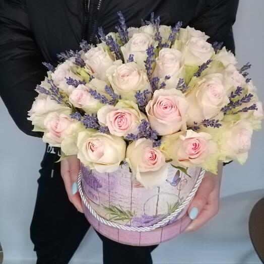 """Цветы в коробке """"Лето в Париже"""""""