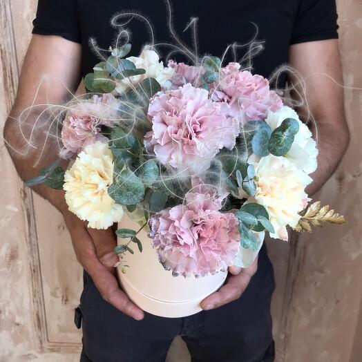 Monobucket carnations