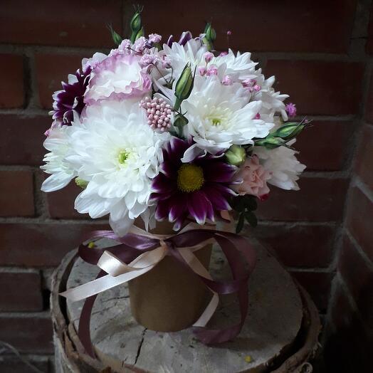 Кофейный стаканчик с цветами