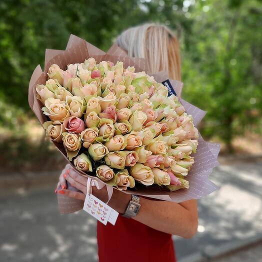 101 роза в латте