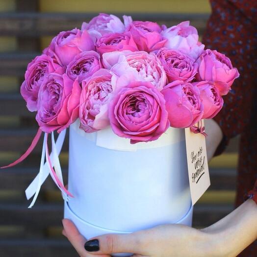 """Шляпная коробка с цветами"""" Пионовый миг"""""""