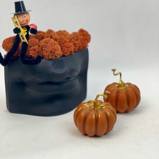 Набор на Хеллоуин Губы и оранжевые свечи тыковки