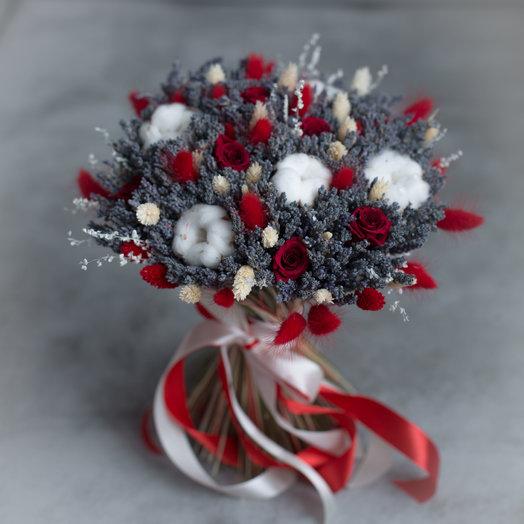 """""""Любовь на долгие года"""" или букет из лаванды и красных роз: букеты цветов на заказ Flowwow"""