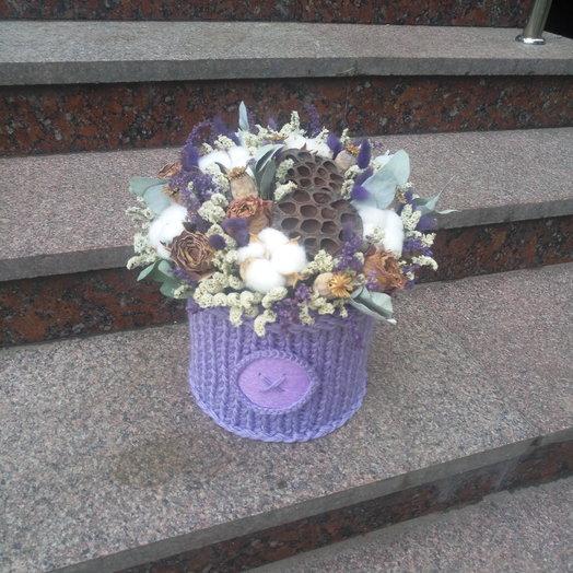 Сухоцветы в вязаной коробке: букеты цветов на заказ Flowwow