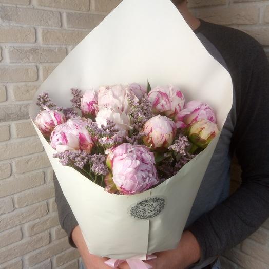 Пионы 11 шт: букеты цветов на заказ Flowwow