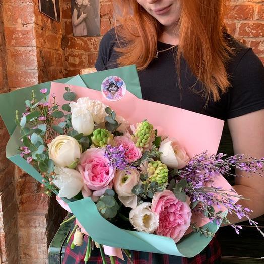 Букет Клубничное суфле: букеты цветов на заказ Flowwow