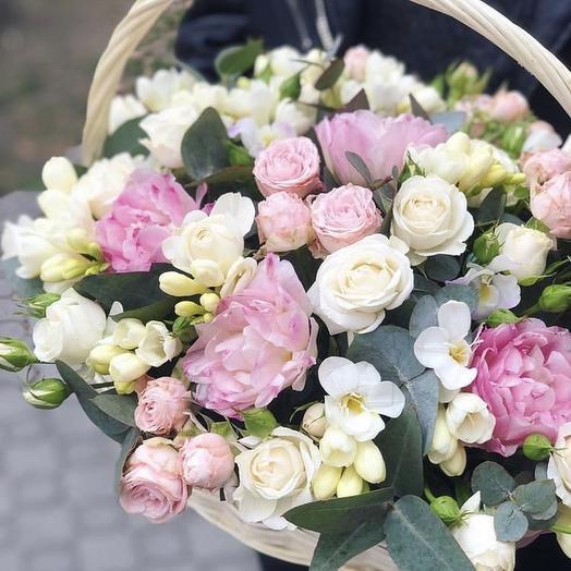 Корзина «Нежнейшая»: букеты цветов на заказ Flowwow
