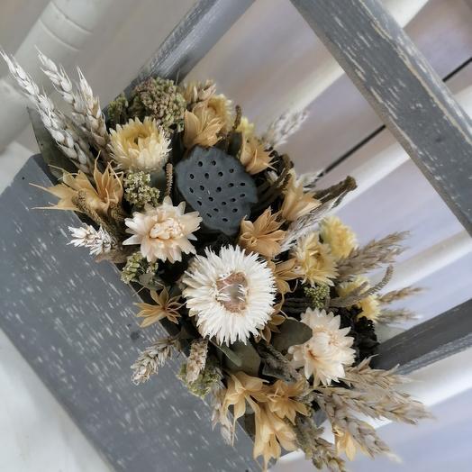 Композиция из сухоцветов стильная: букеты цветов на заказ Flowwow