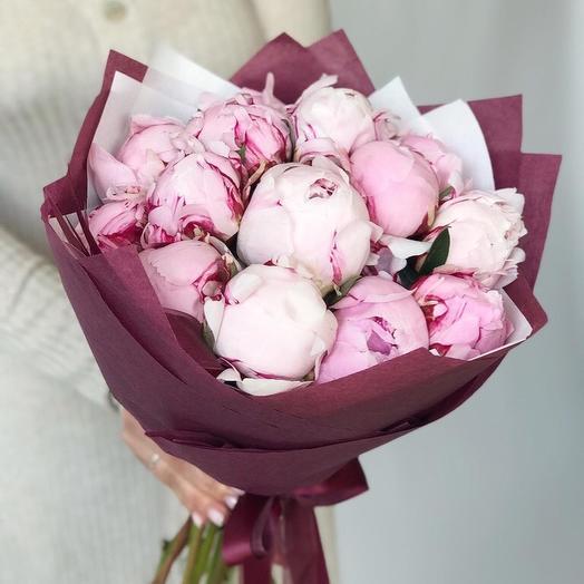 Классика пионов: букеты цветов на заказ Flowwow