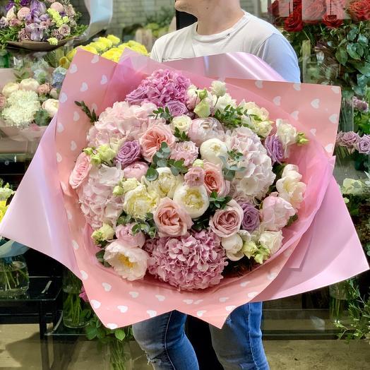 Шикарный букет с французской розой,гортензией и пионами: букеты цветов на заказ Flowwow