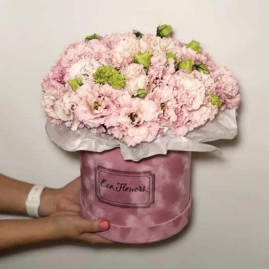 Эустома в коробочке: букеты цветов на заказ Flowwow