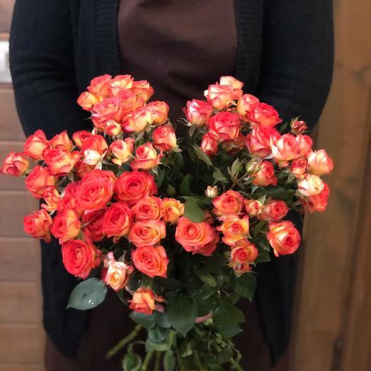 """Букет из кустовых роз """"Оранжевое солнце"""""""
