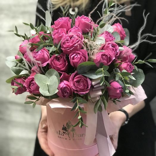 Нежнейшая коробочка с розой Мисти Баблс: букеты цветов на заказ Flowwow