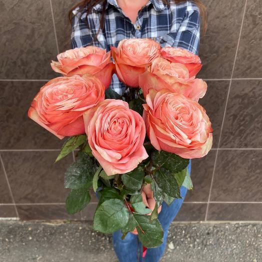 7 пионовидных роз 😊