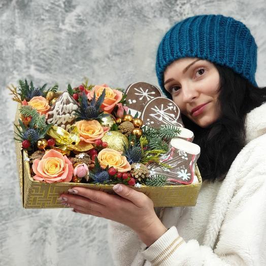 Композиция из цветов и печенья Новый Год