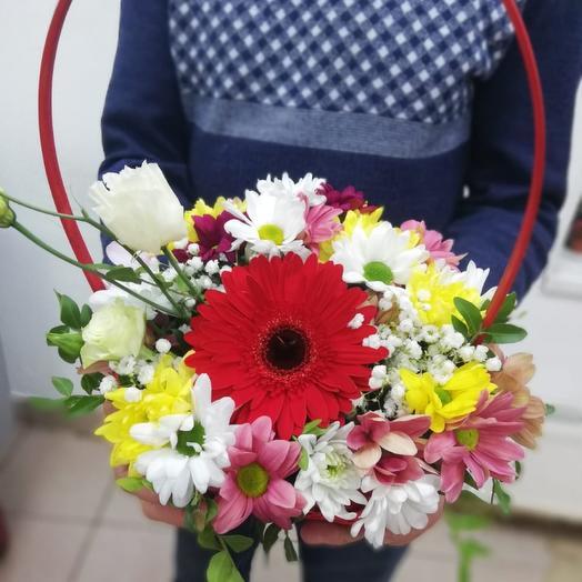 Корзина с цветами «Запах весны»