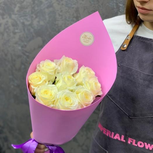 Букет из кремовых, стойких роз