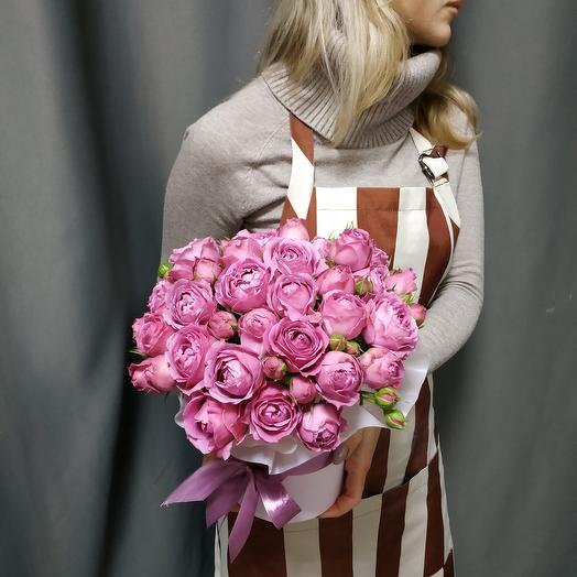 "Коробка""11 кустовых пионовидных роз Мисти Баблс"""