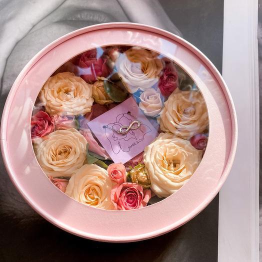 Цветы + украшение (побирается индивидуально)