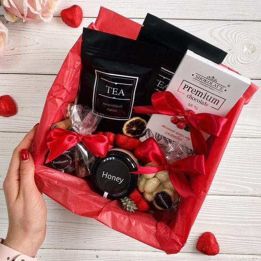 Подарочный набор со сладостями «Сладкая жизнь»/ Женский подарок