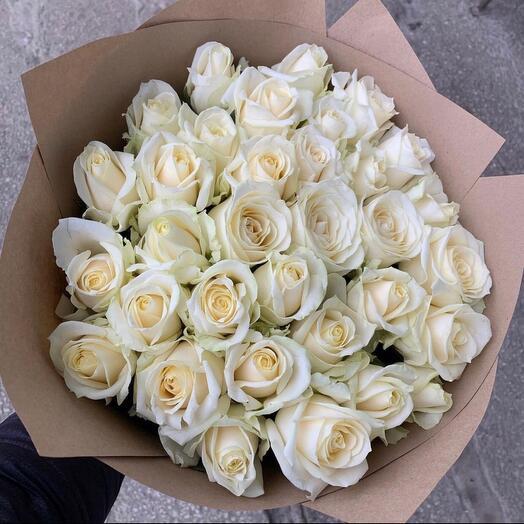 Букет из 31 розы Аваланж