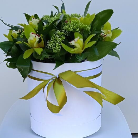 "Цветы в коробке ""Оливия"""