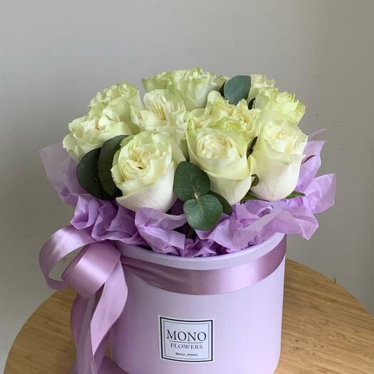 Коробочка с розами 11шт