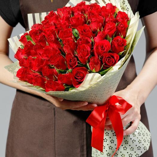 """Букет """"51 рубиновая роза"""""""
