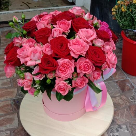 Цветы в коробке «Венский день»