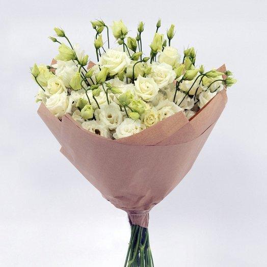 Белая эустома: букеты цветов на заказ Flowwow